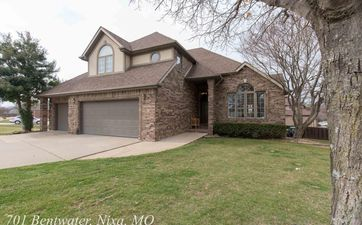 Photo Of 701 West Bentwater Drive Nixa, MO 65714