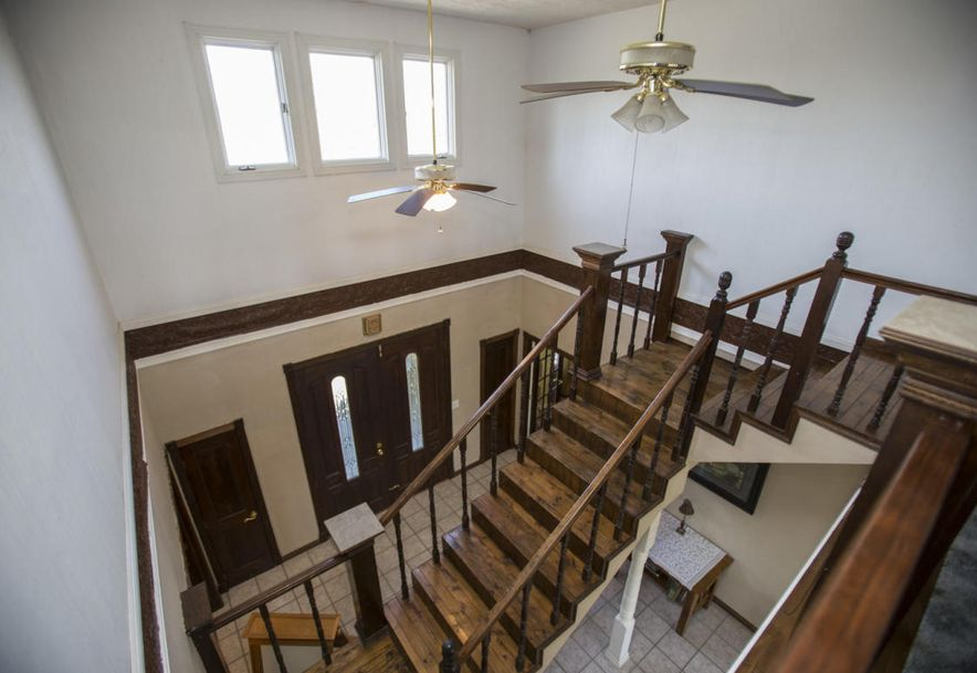 71 Castlegate Seymour, MO 65746 - Photo 36