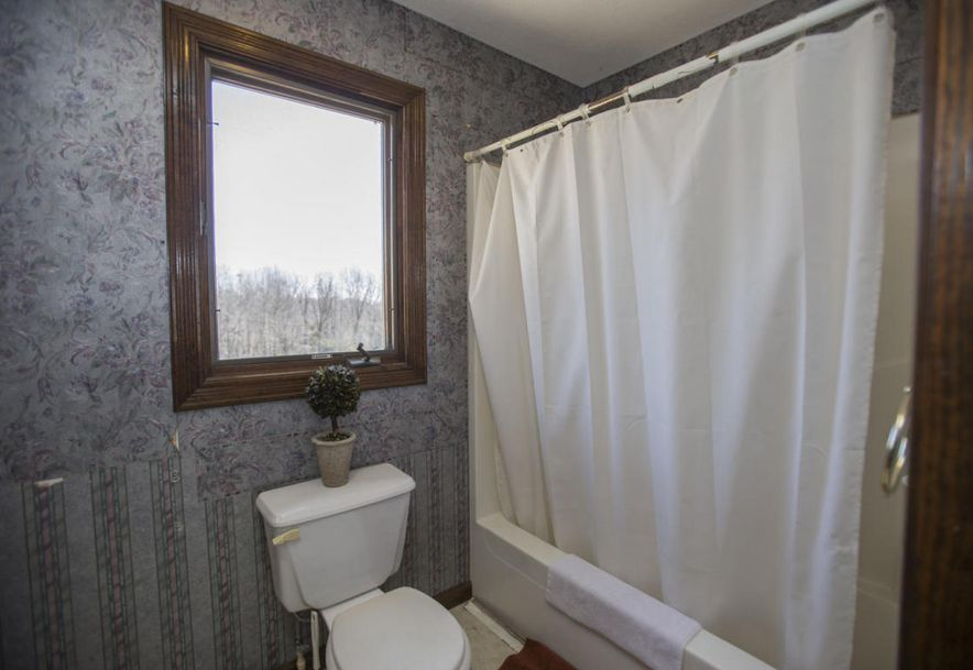 71 Castlegate Seymour, MO 65746 - Photo 45
