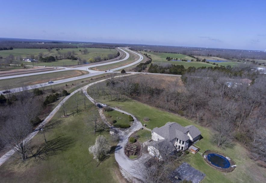 71 Castlegate Seymour, MO 65746 - Photo 10