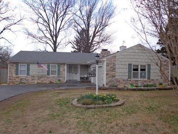 2461 South Weaver Avenue Springfield, MO 65807 - Image 1