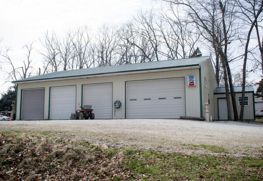 3468 Highway Rb Bolivar, MO 65613 - Photo 5