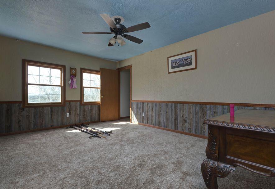 141 Buckbrush Seymour, MO 65746 - Photo 20