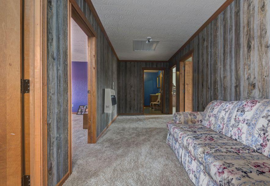 141 Buckbrush Seymour, MO 65746 - Photo 18