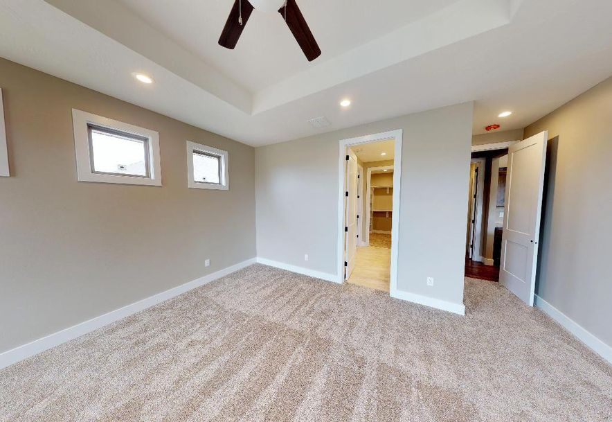 5694 East Park Place Strafford, MO 65757 - Photo 12