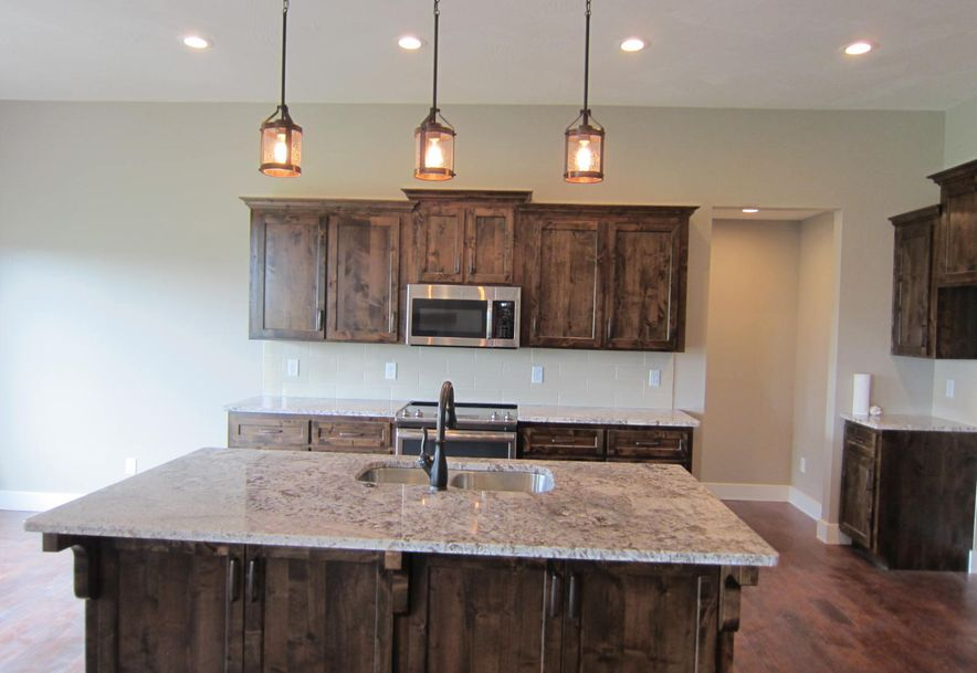 5662 East Park Place Strafford, MO 65757 - Photo 9