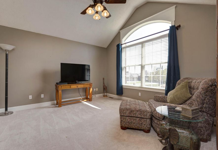 5762 South Brightwater Trail Springfield, MO 65810 - Photo 7