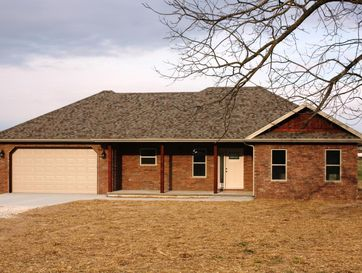 136 Ayrshire Drive Billings, MO 65610 - Image 1