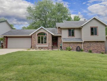 1230 East Highpoint Street Springfield, MO 65804 - Image 1