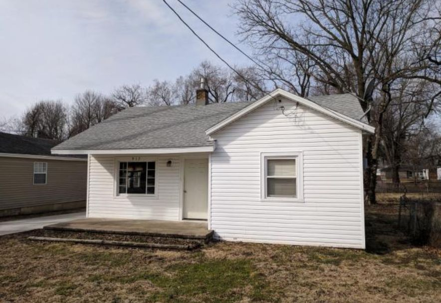 1411 West Central Street Springfield, MO 65802 - Photo 5