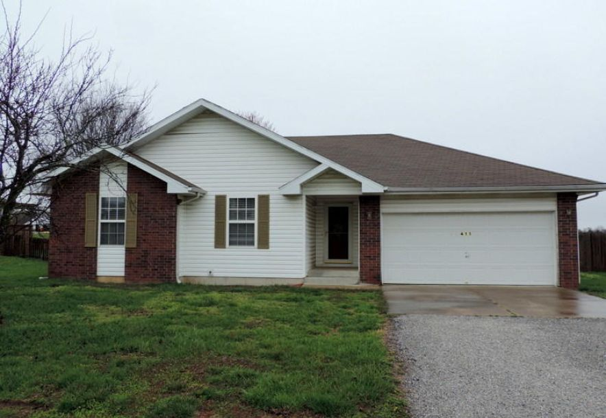 411 Westview Avenue Clever, MO 65631 - Photo 1