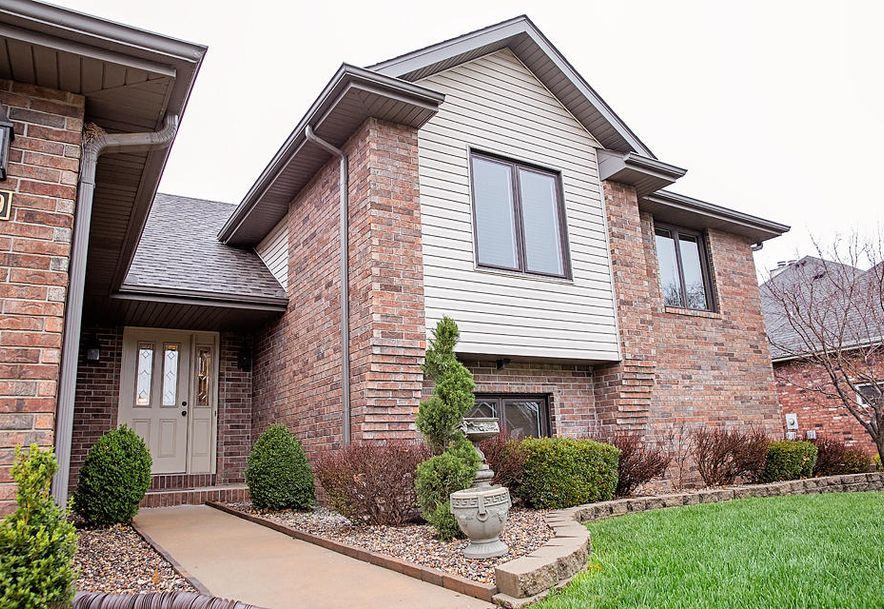 5109 South Winslow Court Springfield, MO 65810 - Photo 2