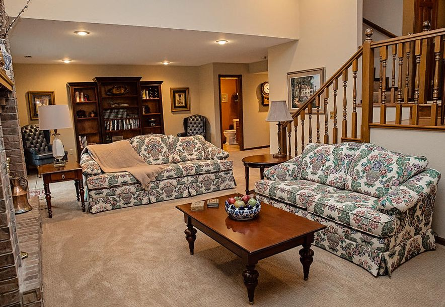 5109 South Winslow Court Springfield, MO 65810 - Photo 6