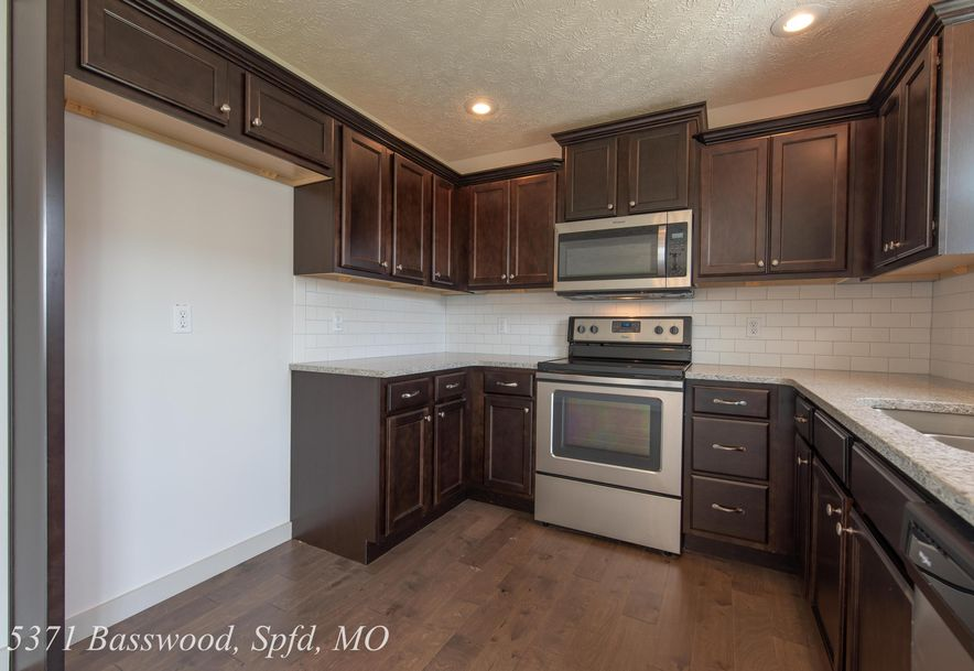 5371 Basswood Court Springfield, MO 65802 - Photo 14