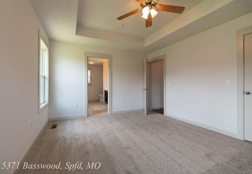 5371 Basswood Court Springfield, MO 65802 - Photo 18