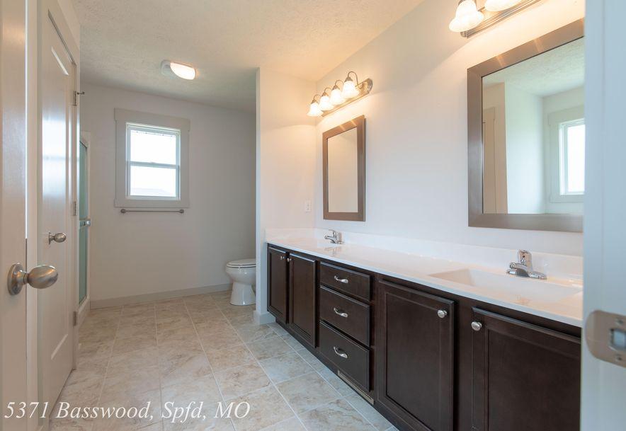 5371 Basswood Court Springfield, MO 65802 - Photo 21