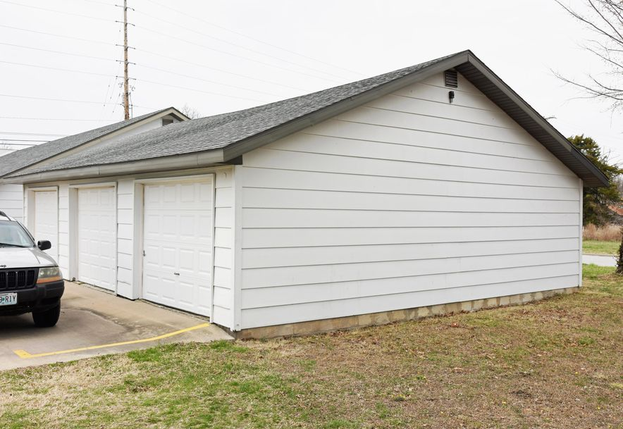 2618 North National Avenue Springfield, MO 65803 - Photo 8