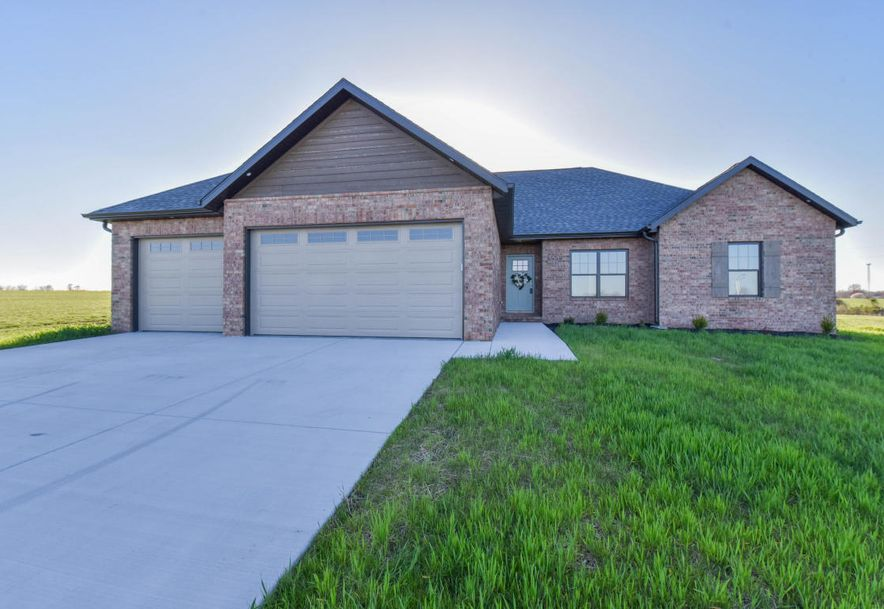 121 Southern Fields Circle Clever, MO 65631 - Photo 1