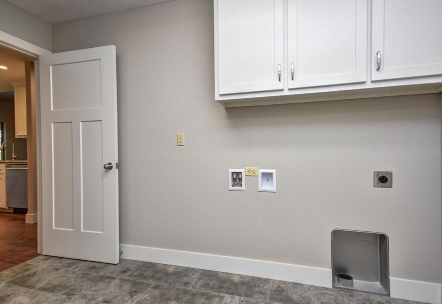 5605 East Conservatory Place Strafford, MO 65757 - Photo 21