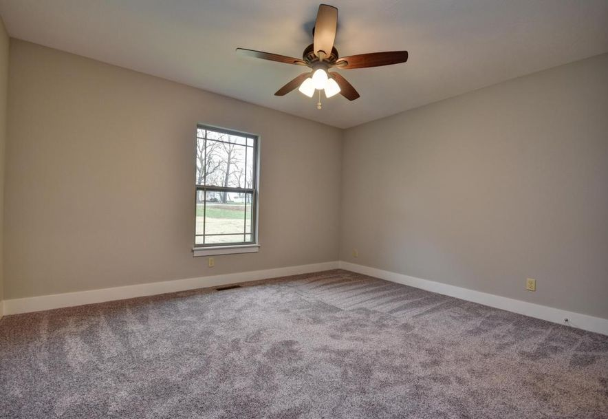 5605 East Conservatory Place Strafford, MO 65757 - Photo 30