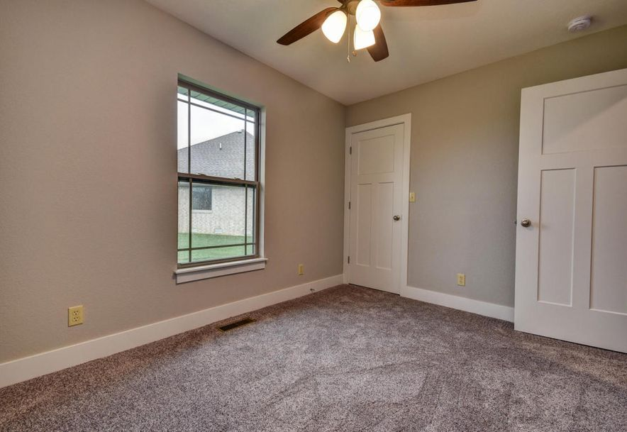 5605 East Conservatory Place Strafford, MO 65757 - Photo 34