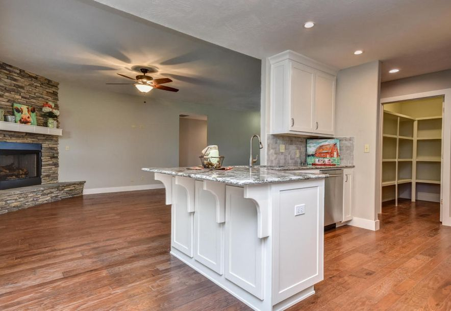 5605 East Conservatory Place Strafford, MO 65757 - Photo 6