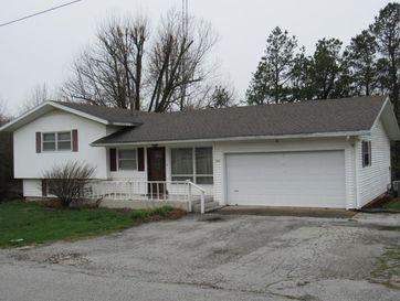 303 North White Oak Street Marshfield, MO 65706 - Image 1