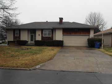 1829 West Swan Street Springfield, MO 65807 - Image 1