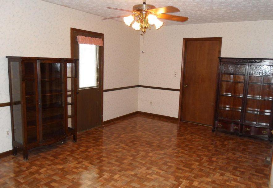 1829 West Swan Street Springfield, MO 65807 - Photo 5