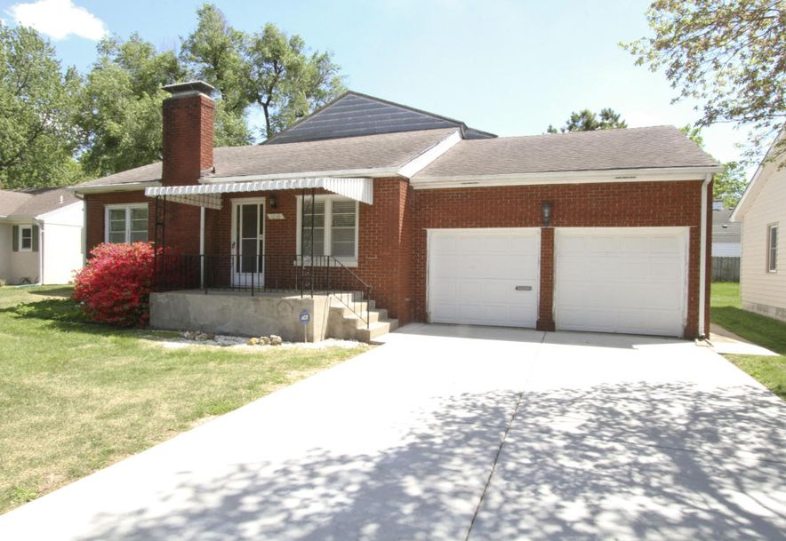 1038 East Stanford Street Springfield, MO 65807 - Photo 2