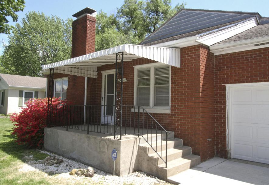 1038 East Stanford Street Springfield, MO 65807 - Photo 3