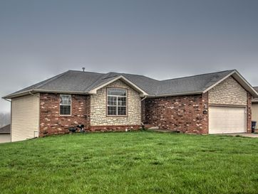 3755 West Greenway Drive Springfield, MO 65807 - Image 1
