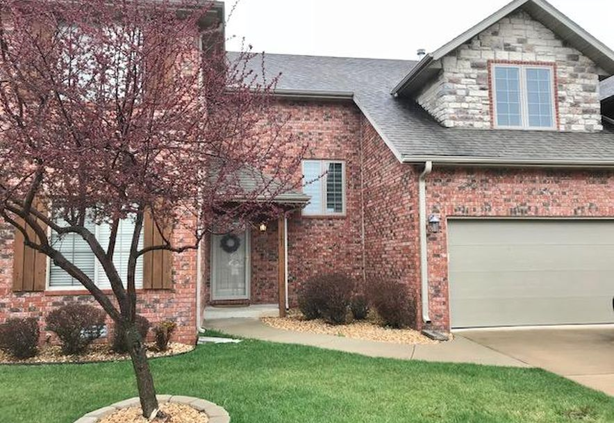2327 West Chesterfield Boulevard C Springfield, MO 65807 - Photo 1