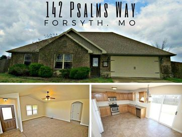 142 Psalms Way Forsyth, MO 65653 - Image 1