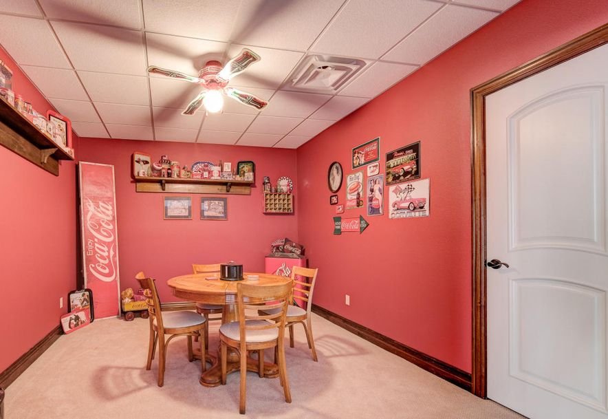 2237 Crow Road Joplin, MO 64804 - Photo 77