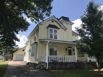 202 East College Street Aurora, MO 65605 - Image 1