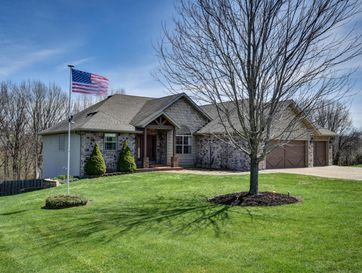 1689 South Songbird Circle Nixa, MO 65714 - Image 1