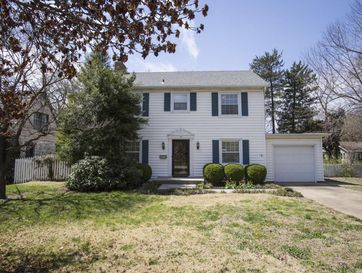 419 South Weller Avenue Springfield, MO 65802 - Image 1