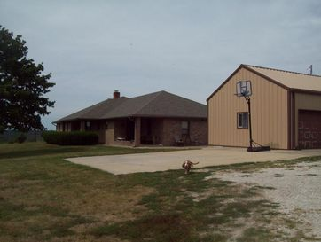 5696 South 95th Road Morrisville, MO 65710 - Image 1