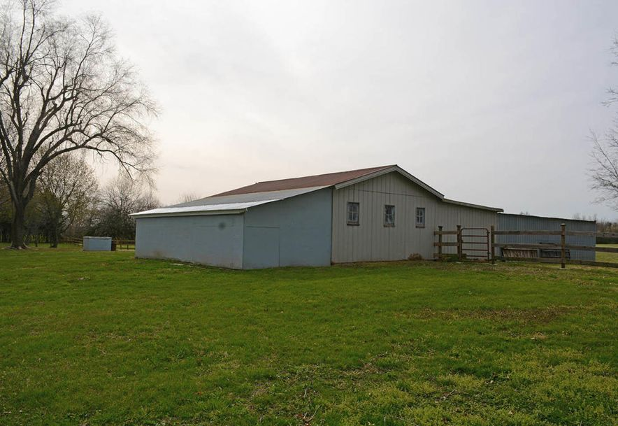 6110 West State Hwy Ee Springfield, MO 65802 - Photo 23