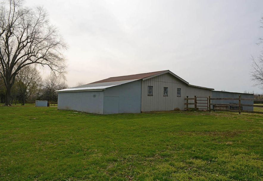 6110 West State Hwy Ee Springfield, MO 65802 - Photo 34