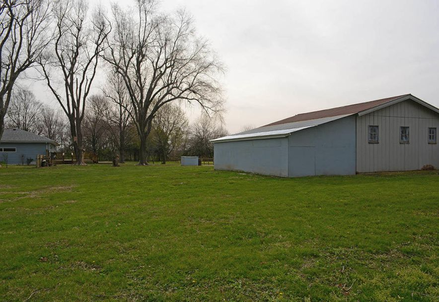 6110 West State Hwy Ee Springfield, MO 65802 - Photo 35