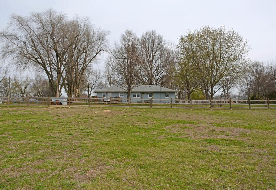 6110 West State Hwy Ee Springfield, MO 65802 - Photo 39