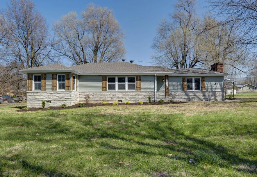 3145 West Seminole Street Springfield, MO 65807 - Photo 2