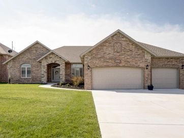 5154 East Wild Horse Drive Springfield, MO 65802 - Image 1
