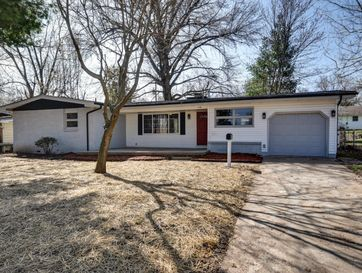 1116 East Morningside Street Springfield, MO 65807 - Image 1