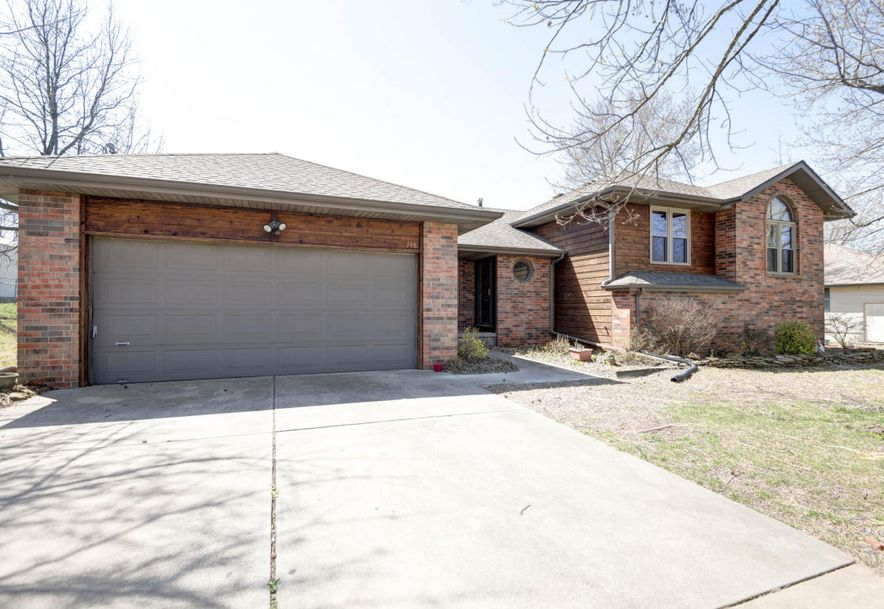 748 East Bluff Drive Springfield, MO 65803 - Photo 2