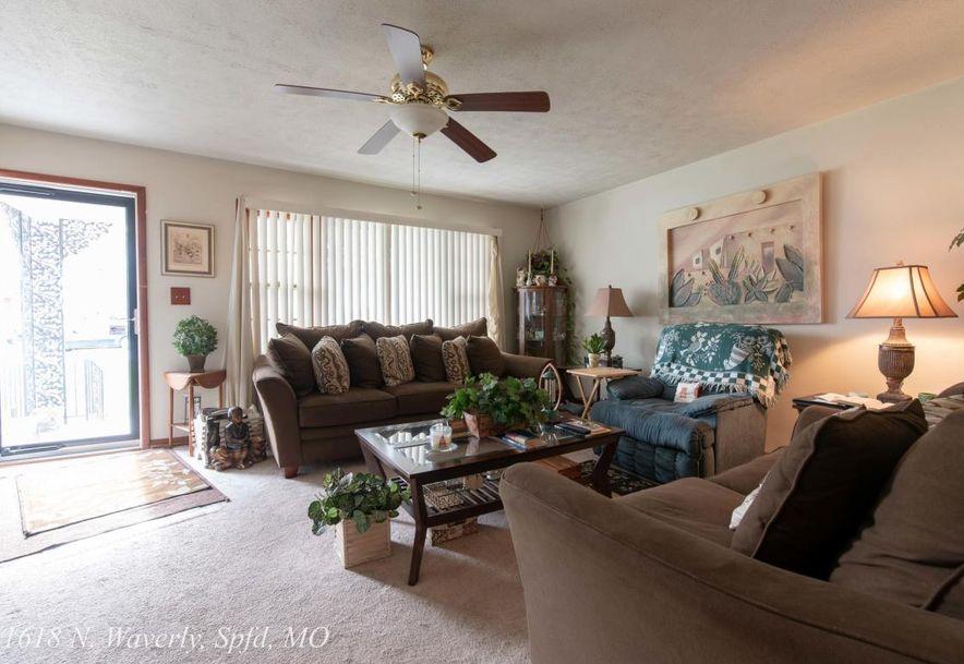 1618 North Waverly Avenue Springfield, MO 65803 - Photo 4