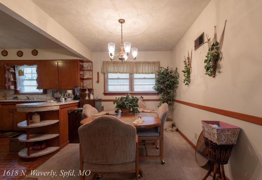 1618 North Waverly Avenue Springfield, MO 65803 - Photo 5