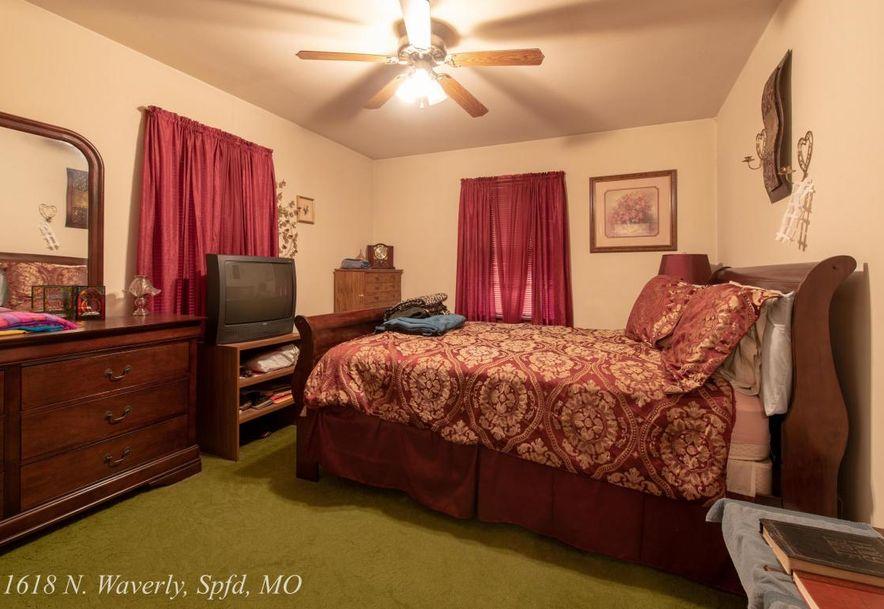 1618 North Waverly Avenue Springfield, MO 65803 - Photo 9